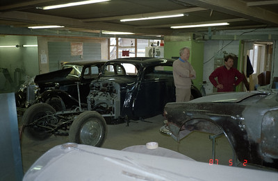 Overall view of the restoration shop.