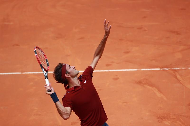 Federer serve (2)
