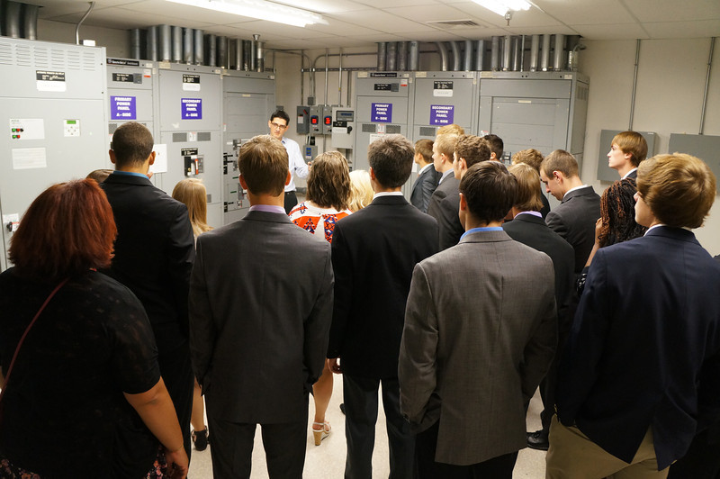 Field Trip: Business Management class tours BlueBridge Networks data center.