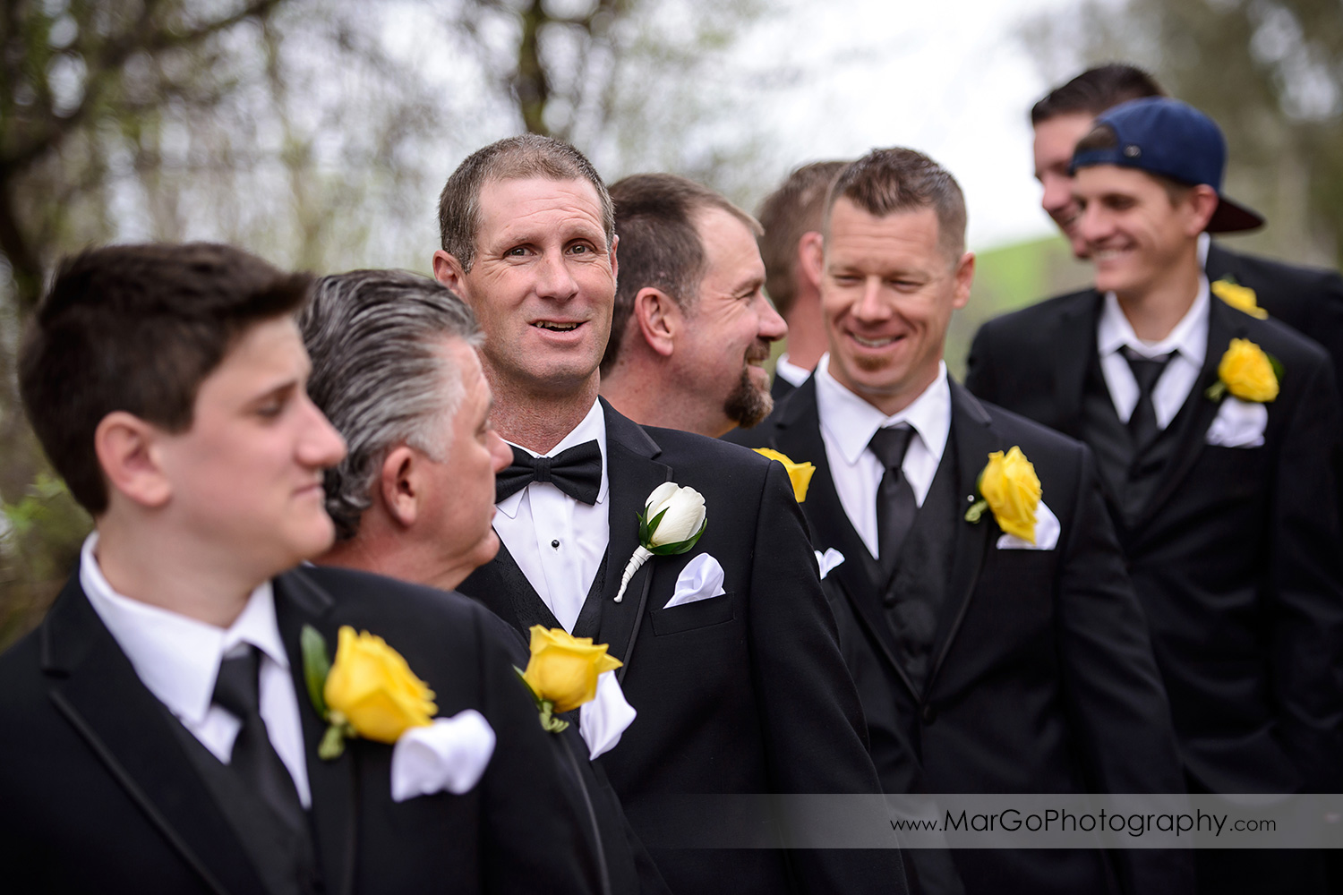 groom and groomsmen at Las Positas Golf Course in Livermore