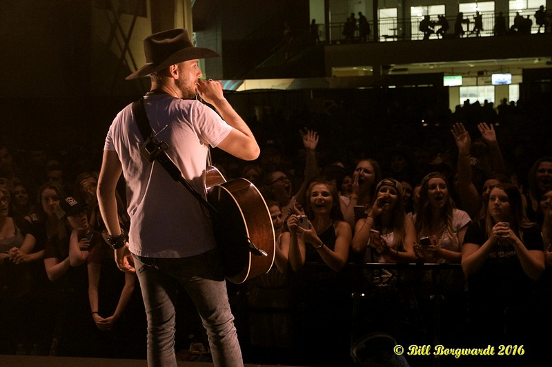 Brett Kissel at Spruce Grove 226.jpg
