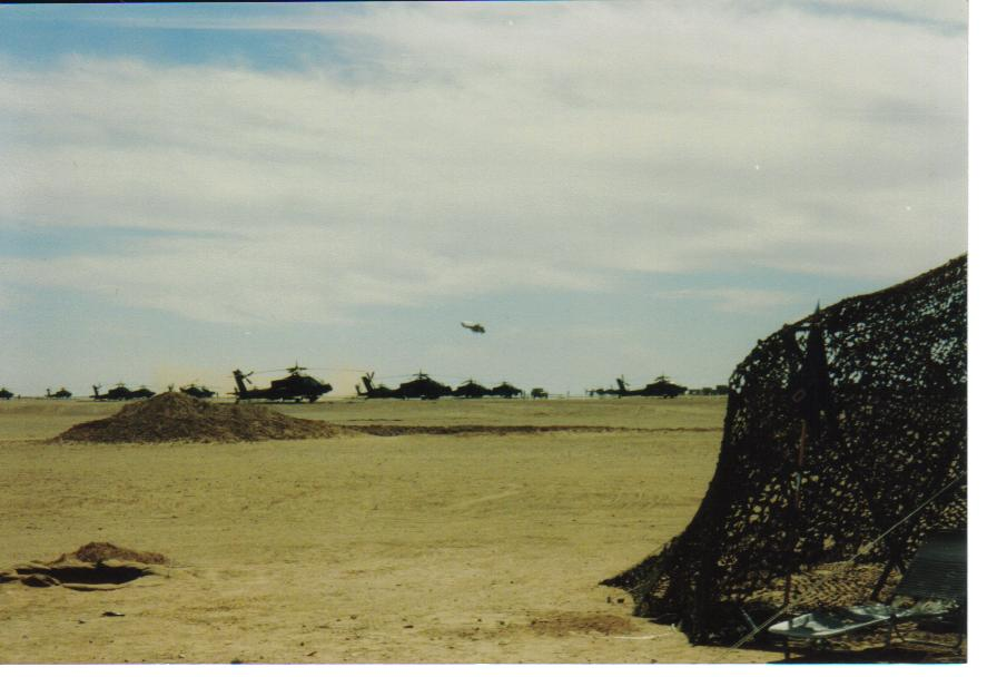 IMAGE: http://m-mason.smugmug.com/Desert-Storm/Desert-Storm-90-91-and-misc/Army-pics-187/675534659_tDhYp-XL.jpg