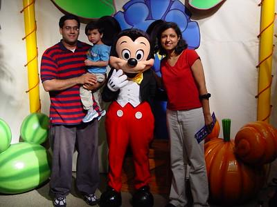 06-2003 Disney