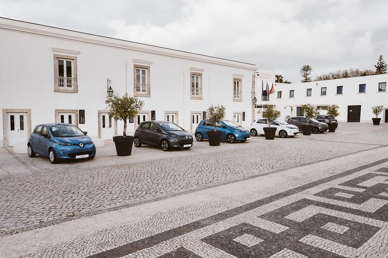 Renault-004.jpg
