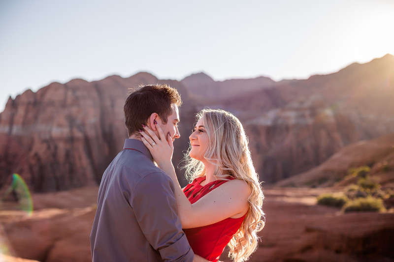 Sunday_Stills-Jacob_and_Bailey-Engagements-0644-Edit.jpg
