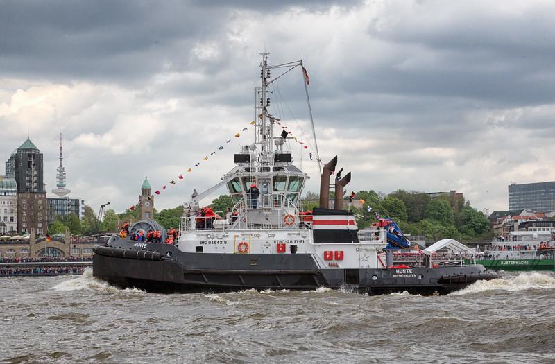 Schlepper Hunte beim Schlepperballett Hafengeburtstag Hamburg