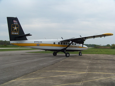 U.S. Army Golden Knights visit Wadsworth Airport