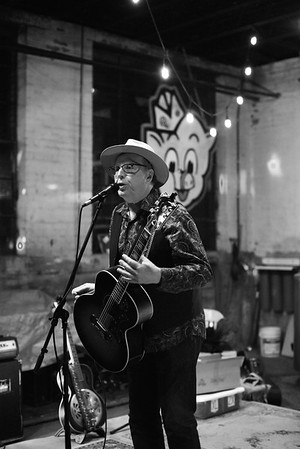 Webb Wilder 11.9.19 - Slowboat Brewery - Laurel, MS
