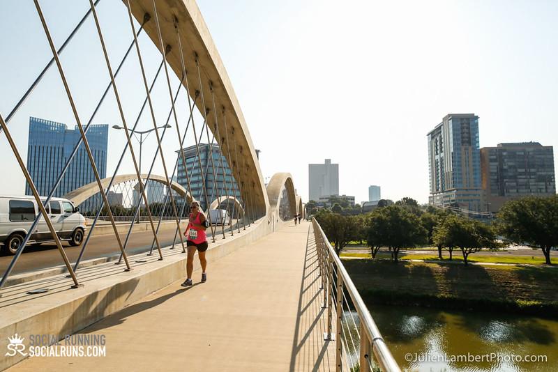 Fort Worth-Social Running_917-0058.jpg