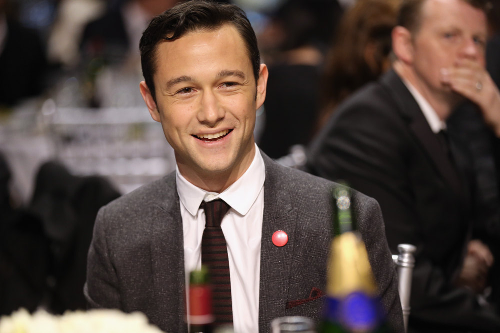 . Actor Joseph Gordon-Levitt attends the 18th Annual Critics\' Choice Movie Awards held at Barker Hangar on January 10, 2013 in Santa Monica, California.  (Photo by Christopher Polk/Getty Images for BFCA)