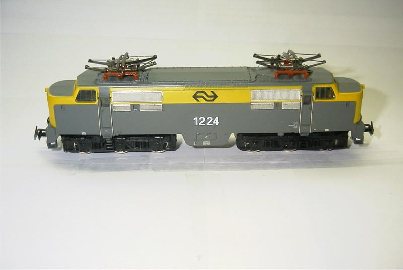 3055.6x NS 1224 zij.JPG