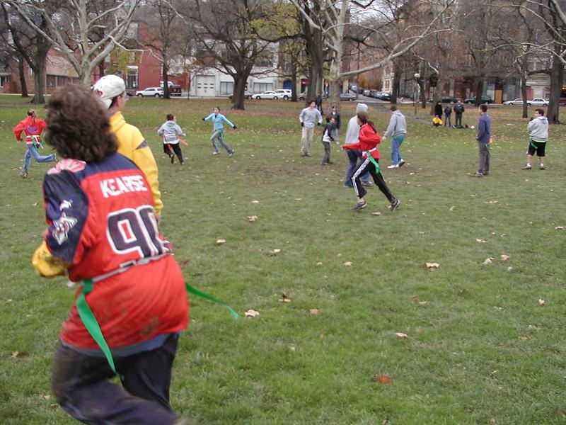 2004-11-28-GOYA-Turkey-Bowl_073.jpg