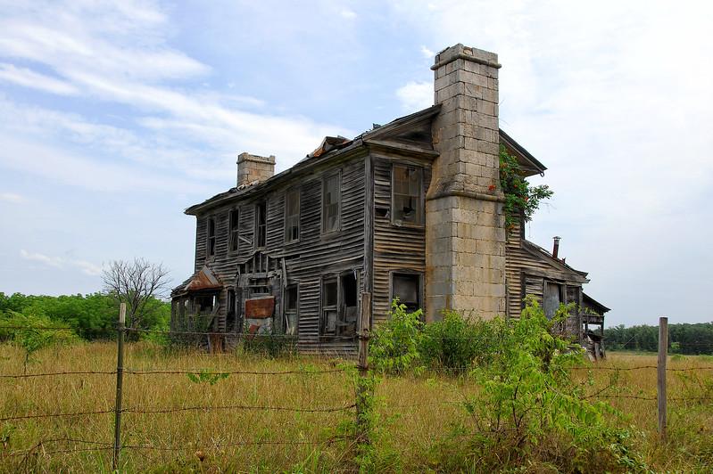 01 Bates-Geers House On Slabtown Rd (PS HDR).jpg