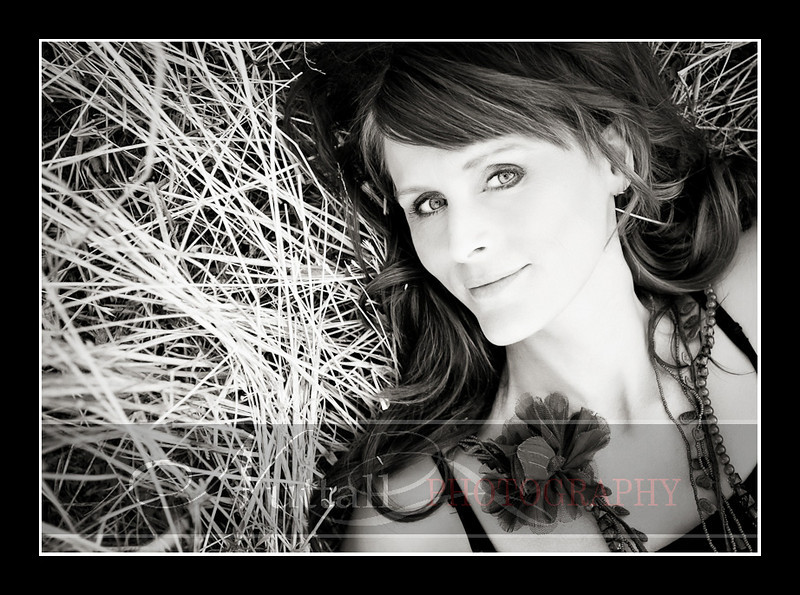 Lisa Beauty-381bw.jpg