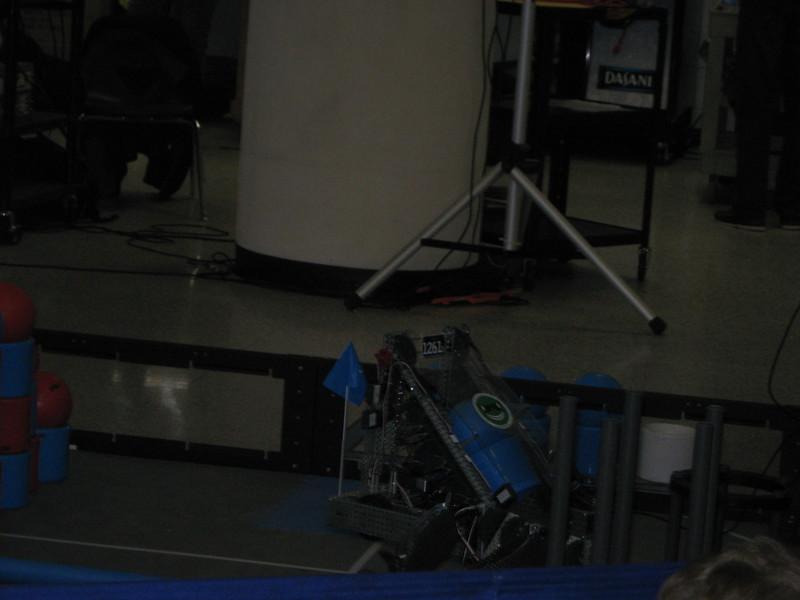 Robo Comp and vid game night 187.JPG