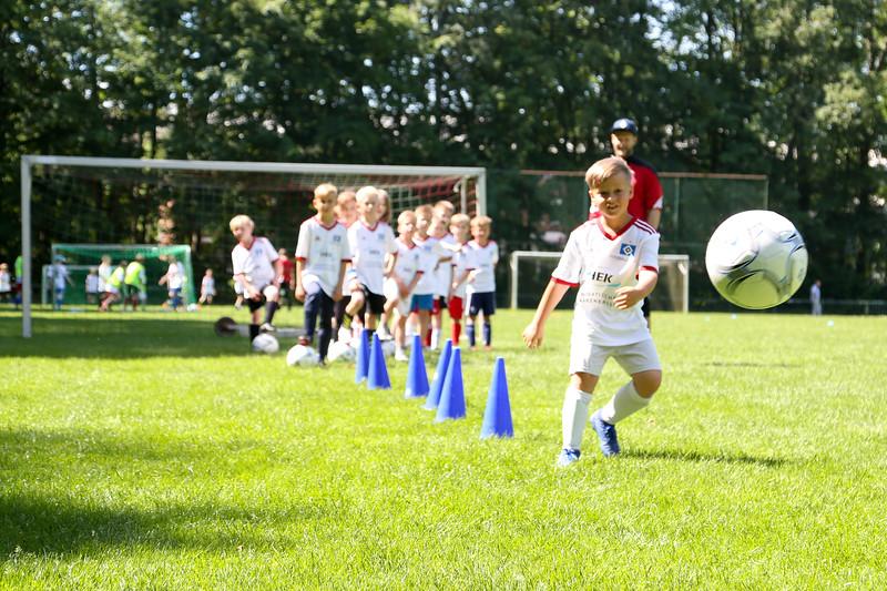 hsv_fussballschule-372_48047955046_o.jpg