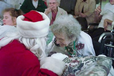 2000/12/14 - Santa USA