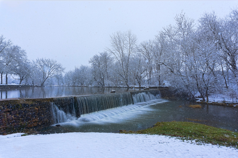 snow 2016 - Mascott Dam Long Exposure(p).jpg