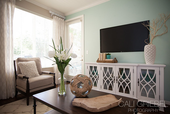 Cape May Apartments in Temecula