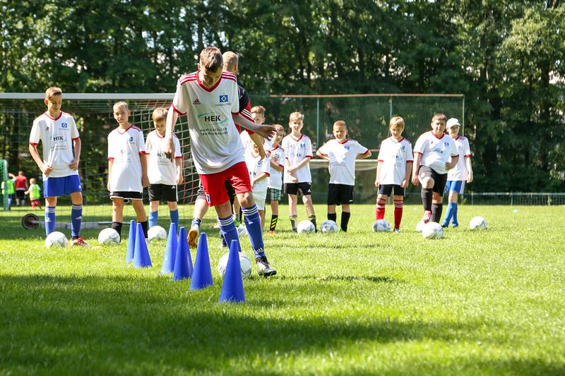 hsv_fussballschule-252_48047993528_o.jpg