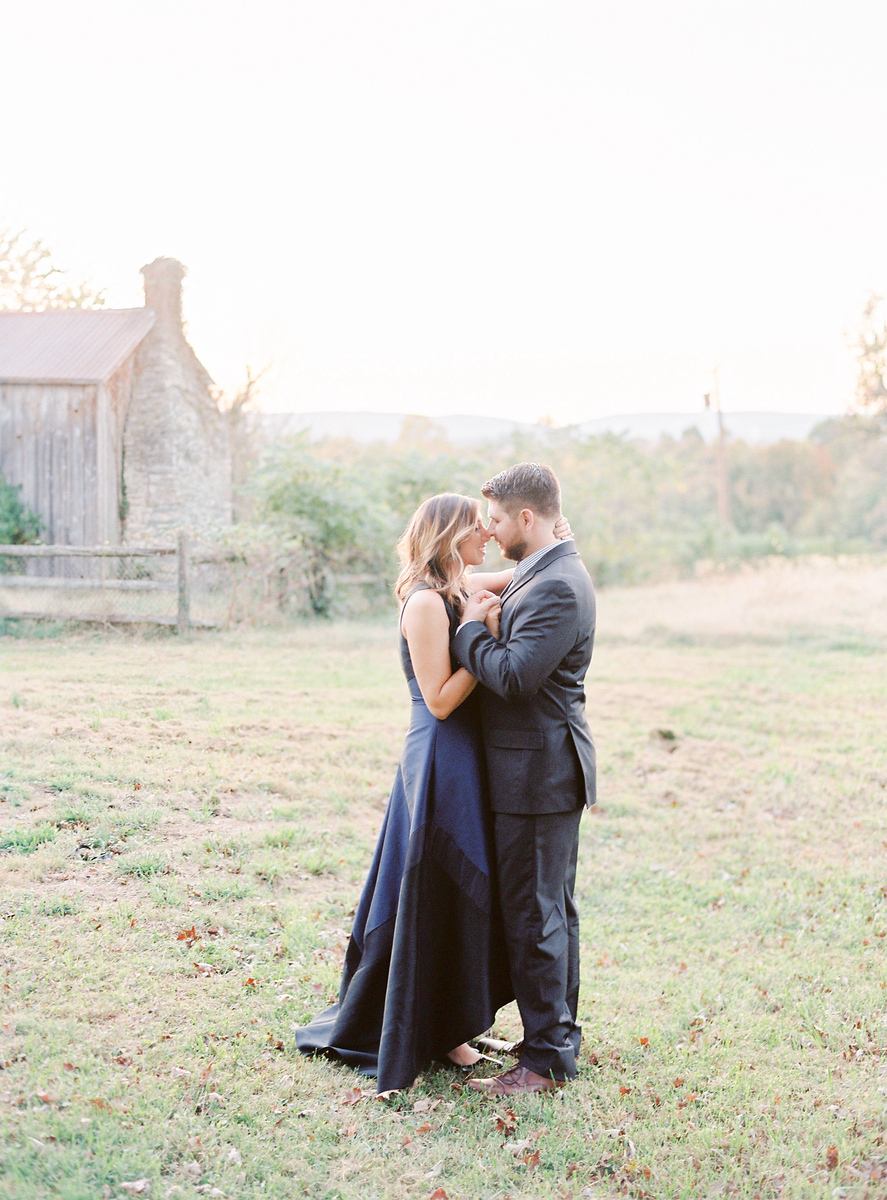 What to wear to your engagement session.  Images by the best Washington DC wedding photographer Jalapeno Photography.
