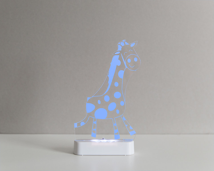 Aloka_Nightlight_Product_Shot_Giraffe_White_Bluedark.jpg