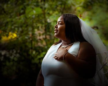 Schdreqa bridal portraits