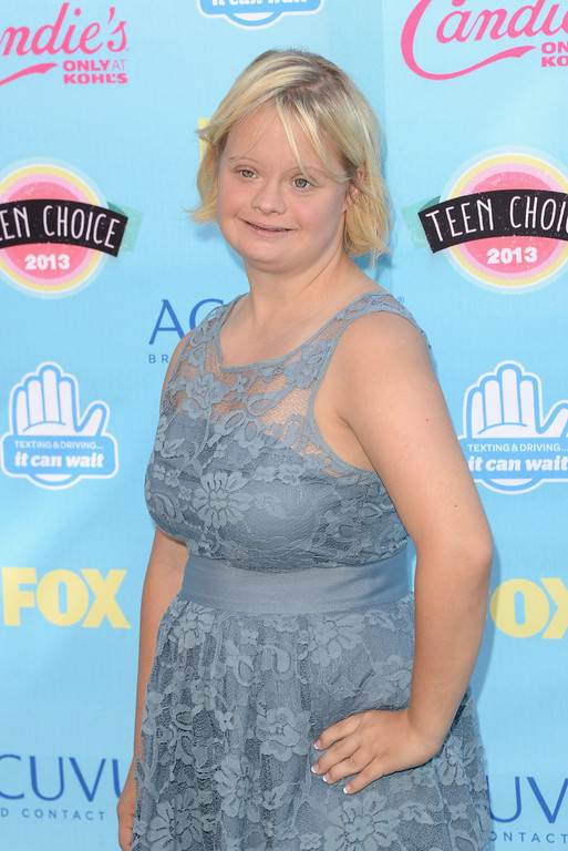 . Actress Lauren Potter attends the Teen Choice Awards 2013 at Gibson Amphitheatre on August 11, 2013 in Universal City, California.  (Photo by Jason Merritt/Getty Images)