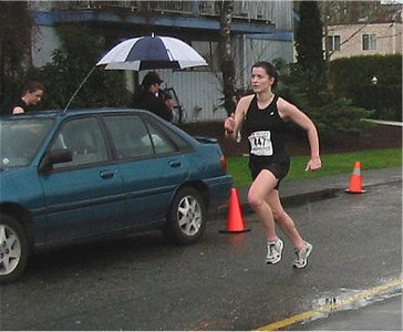 2003 Comox Valley Half Marathon - Kathy Rung nears the finish