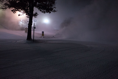 Makin Snow