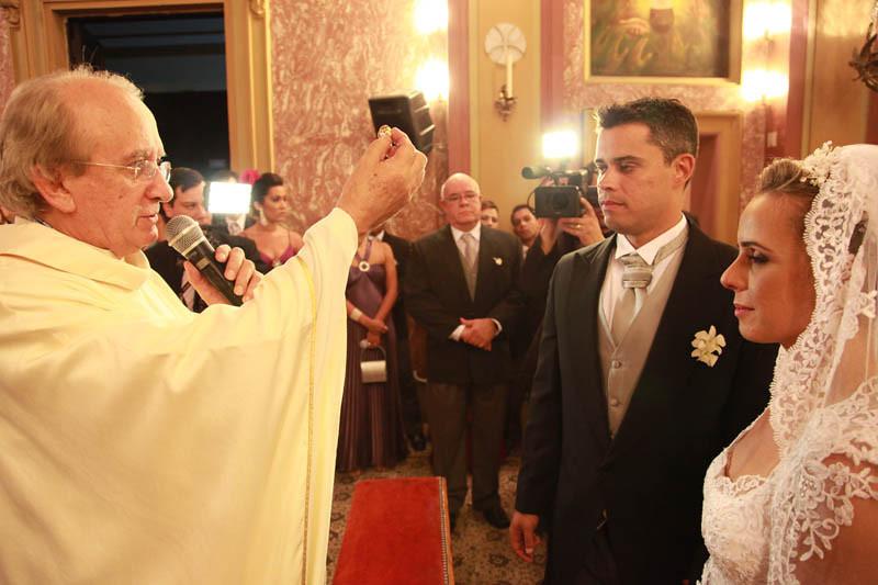 BRUNO & JULIANA - 07 09 2012 - M IGREJA (216).jpg
