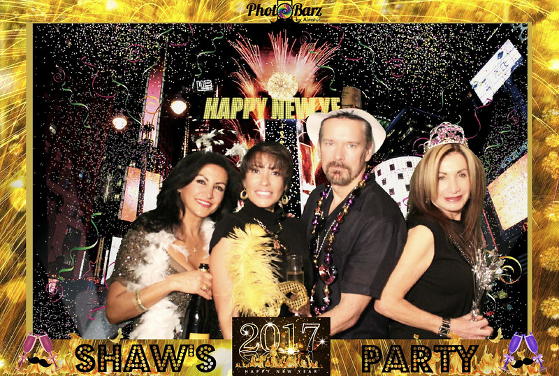 Shaws NYDay Party (60).jpg