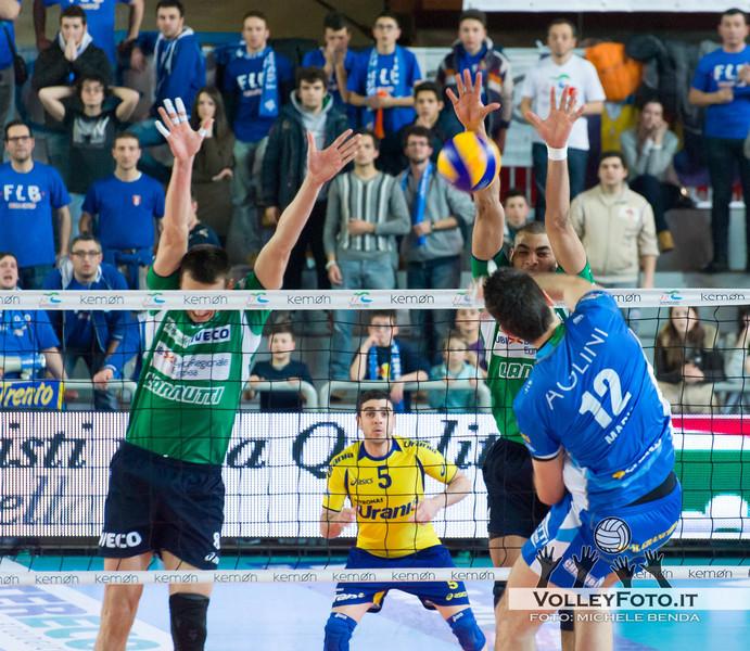 Ngapeth Earvin sigla il muro punto della vittoria Vivi Altotevere San Giustino - Bre Banca Lannutti Cuneo > 9ª Giornata di ritorno, Campionato Italiano di Volley Maschile, Serie A1, 2012/13