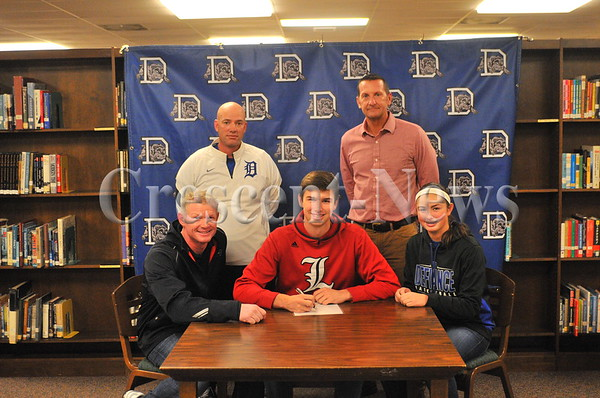 11-11-15 Sports Shay Smiddy LOI to Louisville