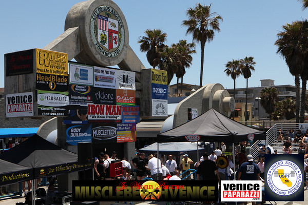(05.30.10 UNITED STATES POWER-LIFTING FEDERATION BENCH PRESS & DEAD-LIFT CHAMPIONSHIP. VENICE, CA)