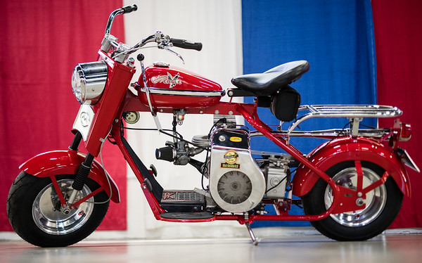 Cushman, Whizzer and Eagle restorations from the Goodguys show