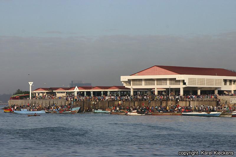 T.01_24.Dar Es Salaam.Vismarkt.jpg
