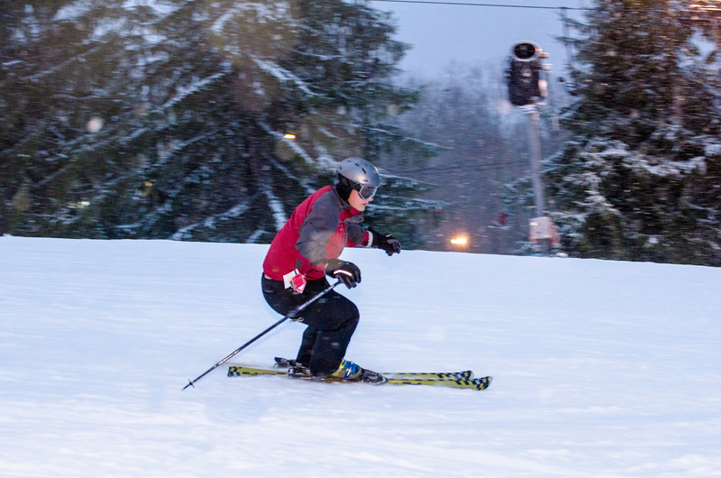 Opening-Day-Slopes-2014_Snow-Trails-71137.jpg