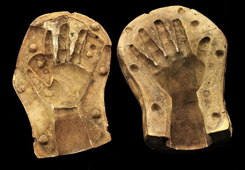 fig6-hiram-powers-mold-of-a-child-hand-smithsonian-1.jpg