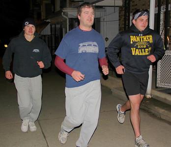 Guys Running in 5 degree F Temp, East Broad St, Tamaqua (1-23-2013)