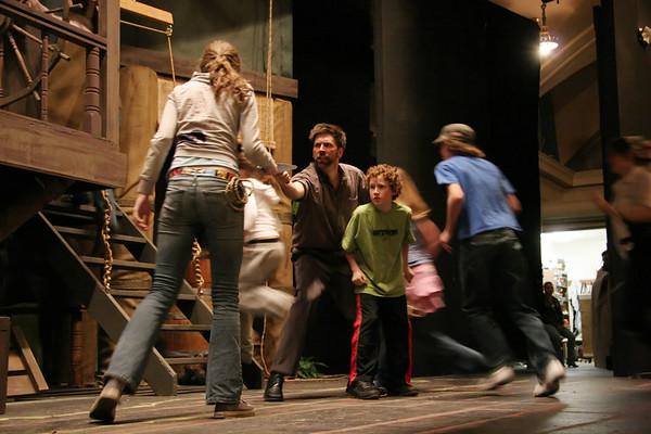 NWCT 2007  Swiss Family Robinson Rehearsal