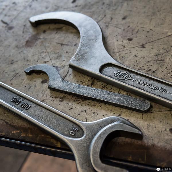 Werkzeug in der Produktionshalle