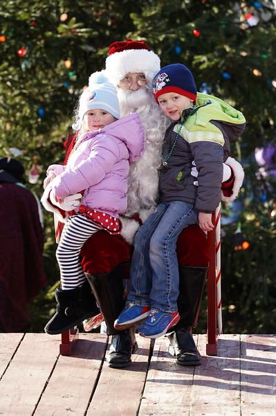 Santa In The Park 20190138.JPG