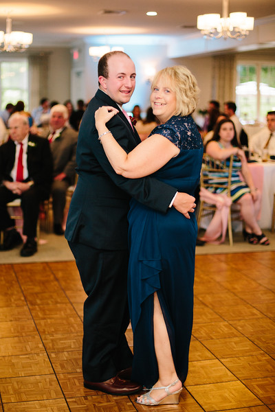 amie_and_adam_edgewood_golf_club_pa_wedding_image-986.jpg
