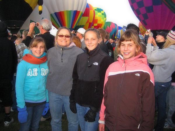 People & Balloons - Albuquerque 2009