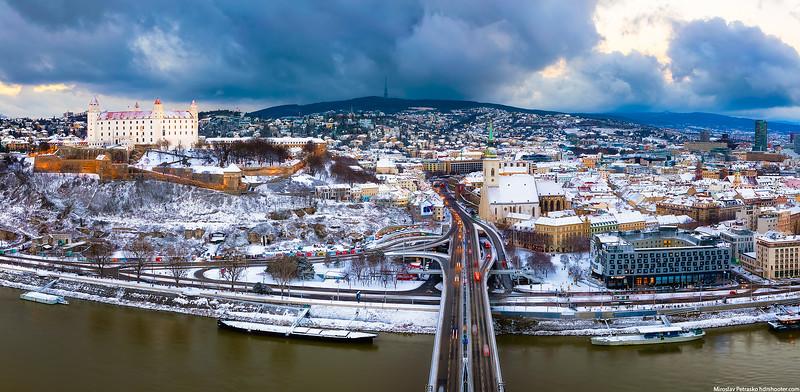 Bratislava-IMG_3546-Pano-web.jpg