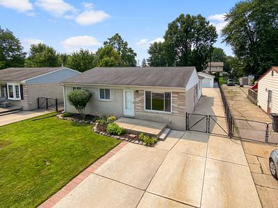 24020 Trombley St Clinton Township, MI, United States