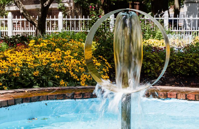 Presott Park fountain