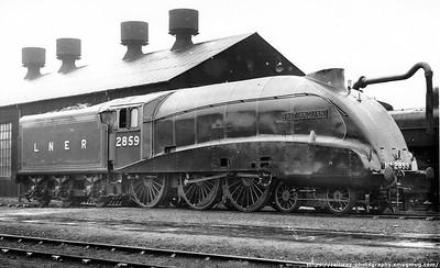 B17 Streamlined locos