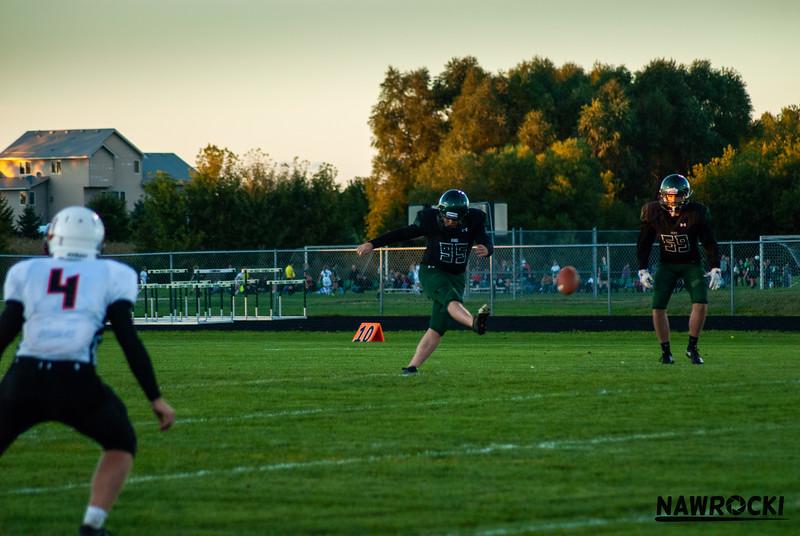 CNP_FOOTBALL_VS_DELANO-12.JPG